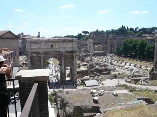 ruins-of-ancient-rome.jpg