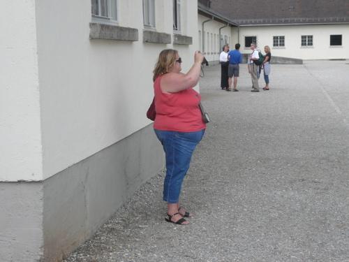 dauchau-tourist.jpg