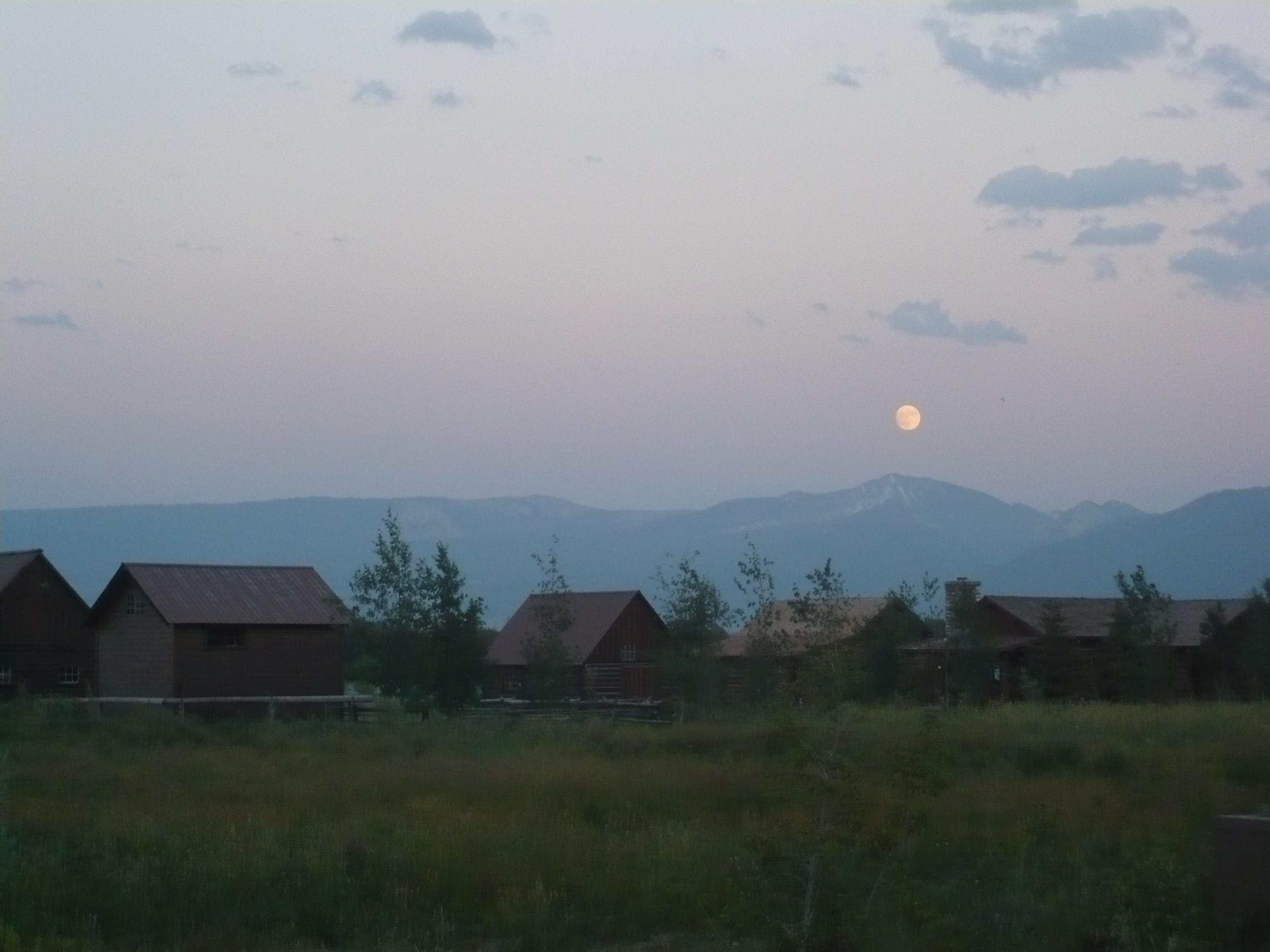 Moonrise Jackson Hole (click to enlarge)