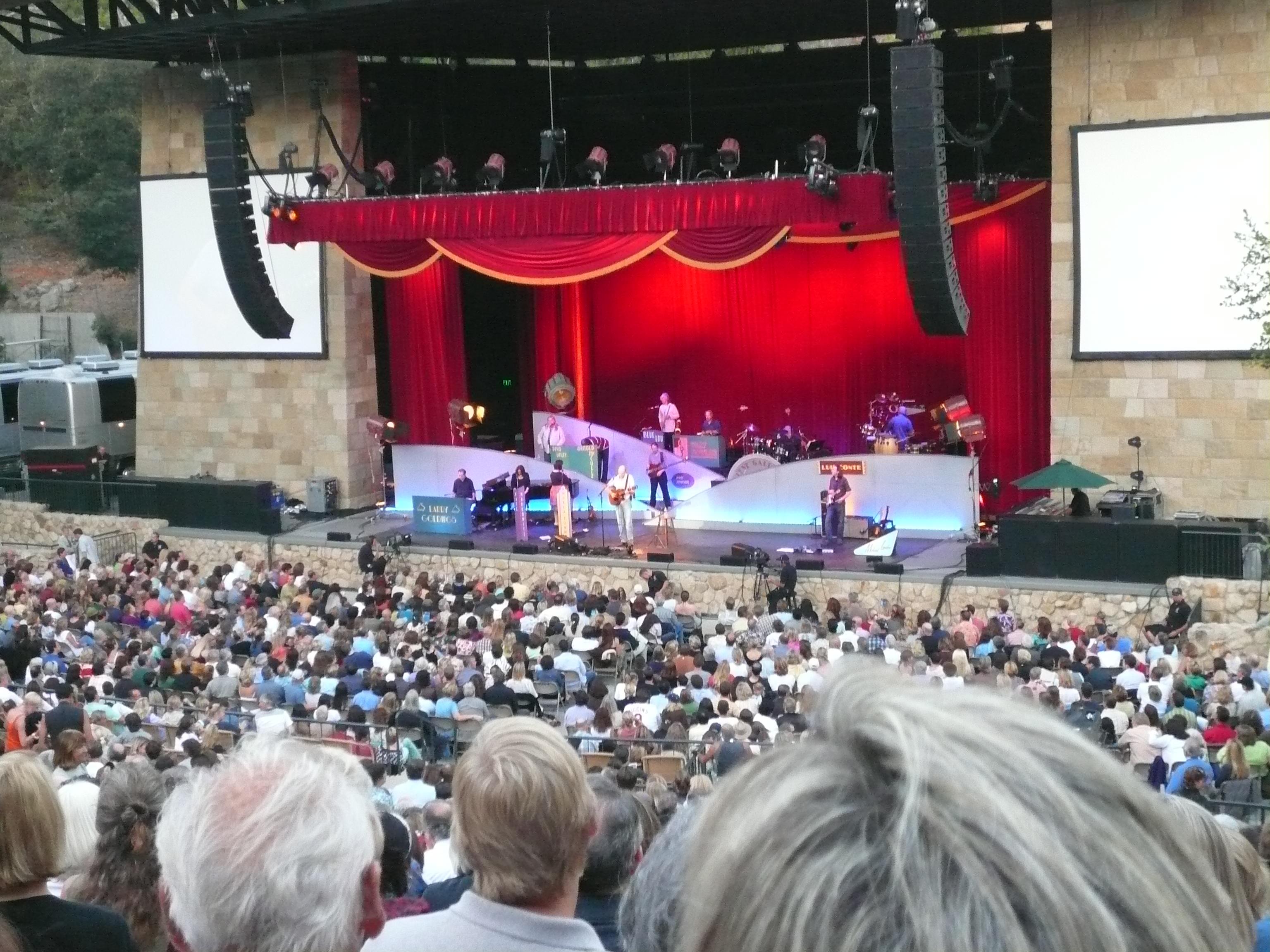 James Taylor concert.  August 1, 2008 SB Bowl