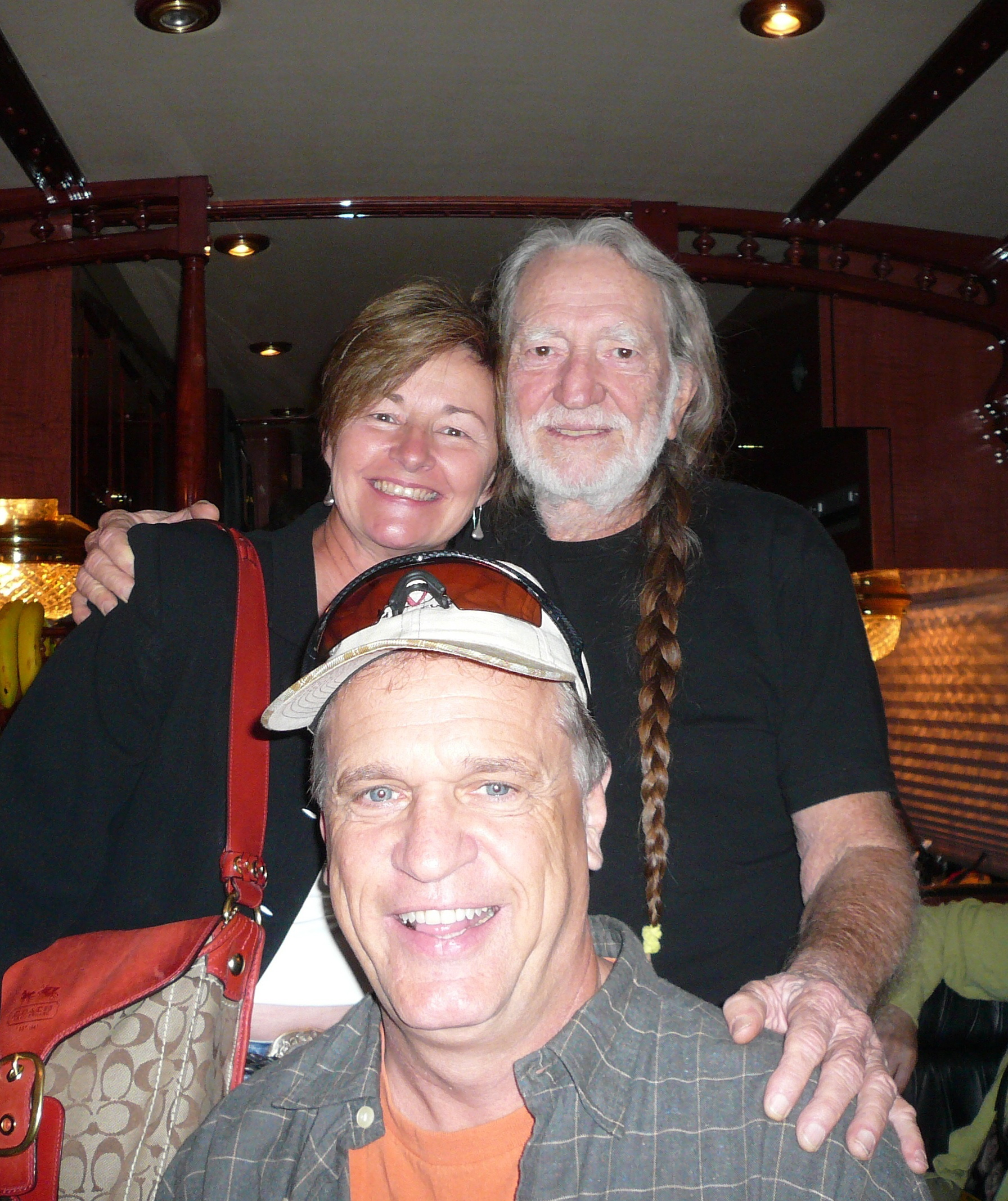 MD, Dan Parker and Willie Nelson  (click to enlarge)